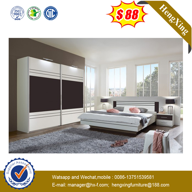 Modern Fabric Bed Bedroom Furniture Double Bed with Buttons Wood